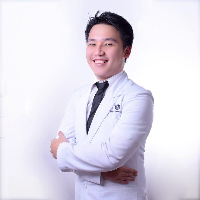 Dr. Kevin Rianto Putra